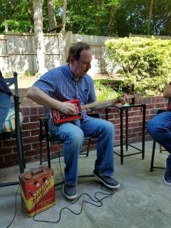 2018 Garry cigar box guitar