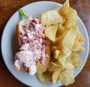 2018 Maine visit lobster roll